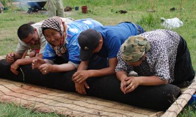 Nomadinnen in einer Selbsthilfeorganisation
